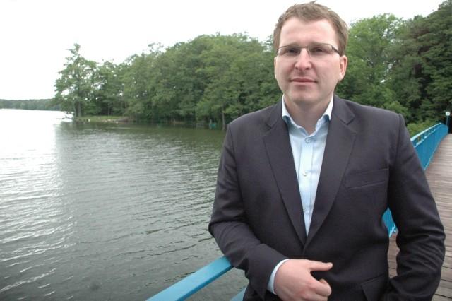 """""""Czuję się absolutnie niewinny i tego będę dowodził"""" - napisał Tomasz Jaskuła, który jest drugą kadencję burmistrzem Lubniewic"""