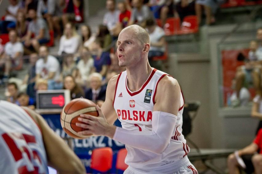 Występ Macieja Lampego na Eurobaskecie stoi pod znakiem...