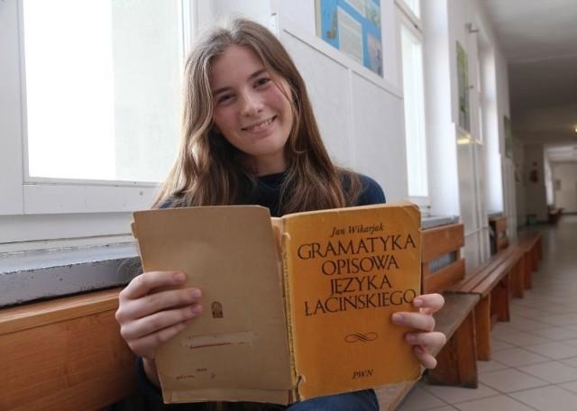 Anna Ślósarz, maturzystka z III LO
