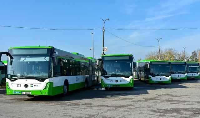Do Białegostoku dotarło właśnie osiemnaście nowych autobusów marki Mercedes. Ale to nie koniec. W przyszłym roku będą kolejne.