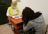 Pijana kobieta w Zawierciu autem uszkodziła trzy pojazdy. Miała 2 promile alkoholu we krwi i była poszukiwana