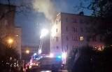 Tragiczny pożar w Katowicach. Strażacy znaleźli w mieszkaniu zwłoki. Ewakuowano 25 osób z bloku