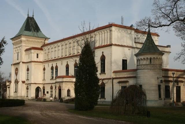 """Zamek w Przecławiu we wrześniu 2008 roku wybrany został jednym ze """"100 Cudów Podkarpacia""""."""
