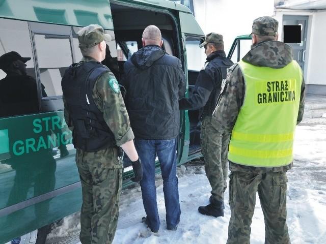 Transport zatrzymanego Ukraińca.