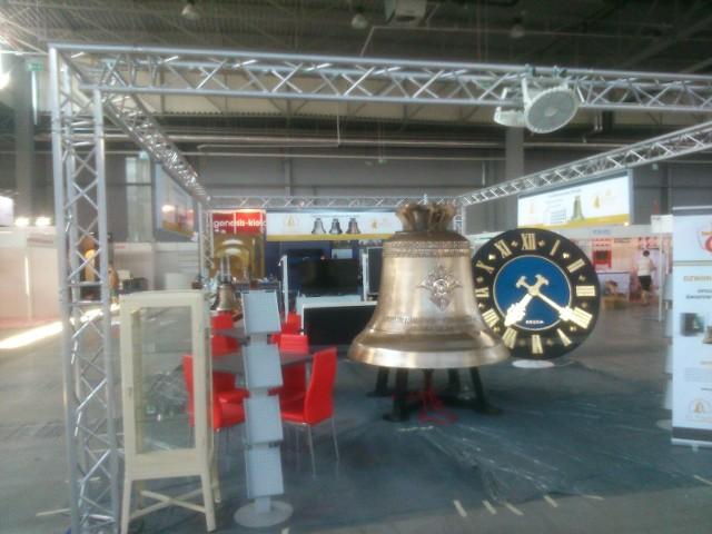 Jedną z atrakcji targów będzie wyjątkowy dzwon, ktory waży 4 tony i ma 184 centymetry średnicy.