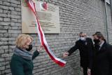 Będzin. Odsłonięto tablicę upamiętniającą Grupę Ładosia. Uratowali tysiące Żydów, w tym setki mieszkańców Będzina