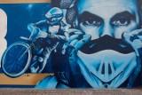 Mural Tomasza Golloba na Miedzyniu jak nowy! Szpetne malunki usunięte [zdjęcia]
