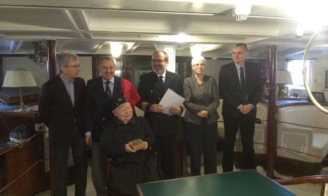 Kapituła konkursowa ogłosiła nazwiska laureatów nagrody w poniedziałek, 26 stycznia, na pokładzie cumującego w Gdyni żaglowca Dar Pomorza