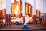 Dyspensa od udziału w niedzielnej mszy przedłużona do 25 maja. Nowe zarządzenie Arcybiskupa Metropolity Białostockiego Tadeusza Wojdy