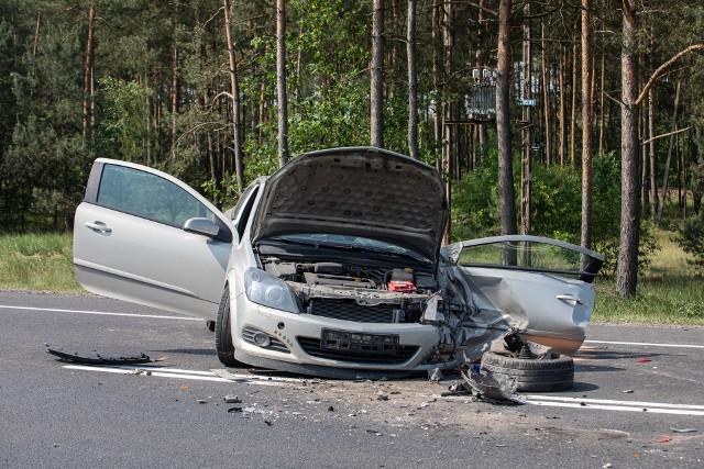 Daneza pierwsze półrocze 2019 r. wskazują, żechoć liczba wypadków na polskichdrogach spada, toaż o16 proc. wzrosła liczba ofiar śmiertelnych.