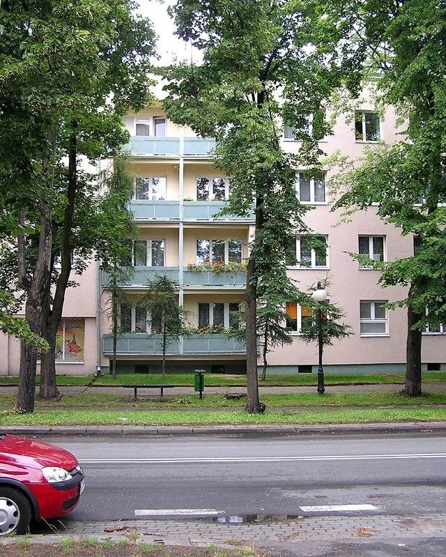 Blok mieszkalnyPodkarpacie: ceny mieszkań i warunki zakupu własnego M