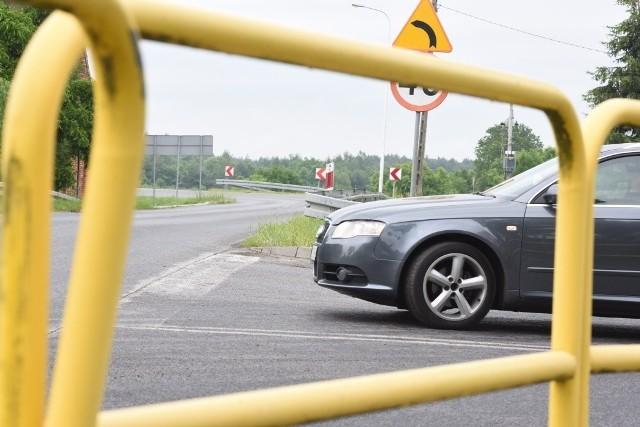 W Droszkowie i Łazie mieszkańcy martwią się, że po uruchomieniu nowego mostu w Milsku ich miejscowości zostaną rozjechana przez samochody