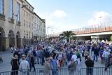 Nowy rynek w Chorzowie ma już prawie rok. Przypomnijmy, jak rynek wyglądał wcześniej i jak się powoli zmieniał