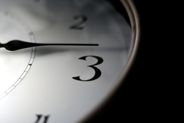 Przypominamy, że dziś w nocy z soboty na niedzielę przestawiamy zegarki o jedną godzinę do przodu – z godziny 2 na godz. 3.