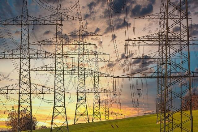 Bochnia. Potężna awaria zasilania, centrum Bochni nie ma prądu - wykaz ulic bez prądu w Bochni, 16.06.2021