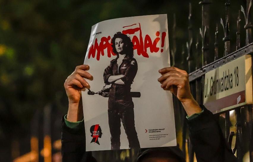 Strajk Kobiet. MEN chce konsekwencji dla nauczycieli. Ci są przerażeni i zażenowani postawą ministerstwa