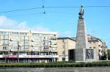 Otulanie pomnika Kościuszki zamiast składania kwiatów