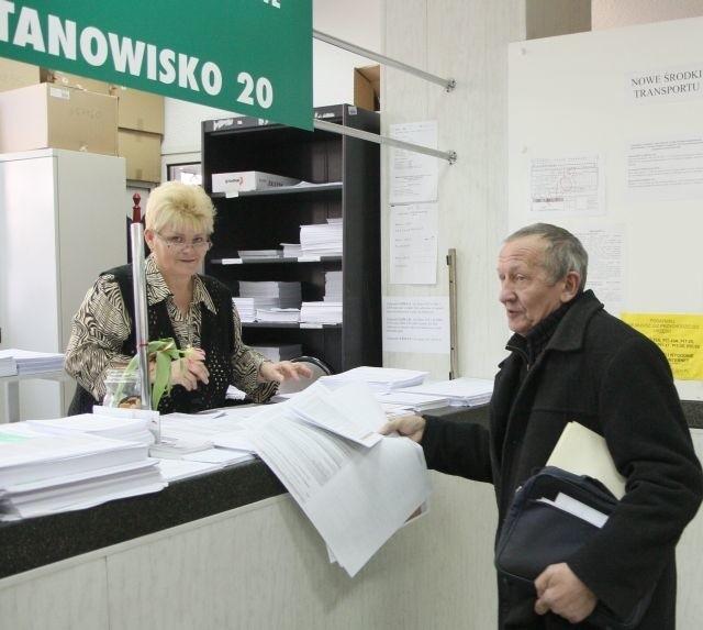 W Pierwszym Urzędzie Skarbowym w Lublinie rozliczyło się już ponad 30 tys. podatników. – Ale największy ruch dopiero przed nami – mówi naczelnik Paweł Zgrajka