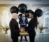 Raper Sobota i Nielle Diarra powiedzieli sobie TAK! Ślub odbył się bez białej sukni i poza utartymi schematami [ZDJĘCIA]