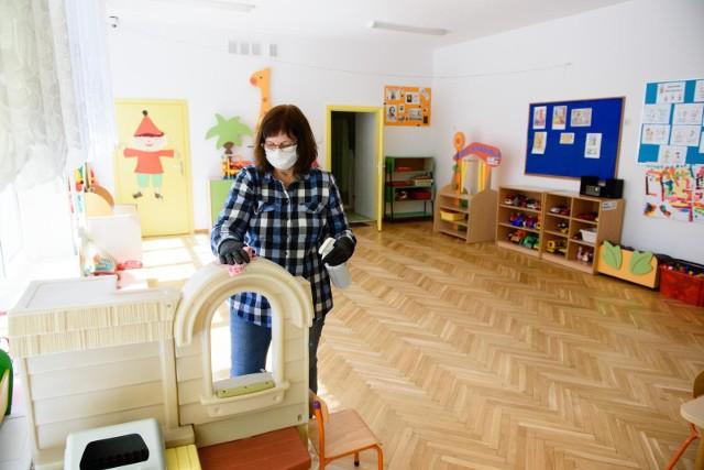 W wielu przedszkolach w Polsce trwa obecnie dezynfekcja.