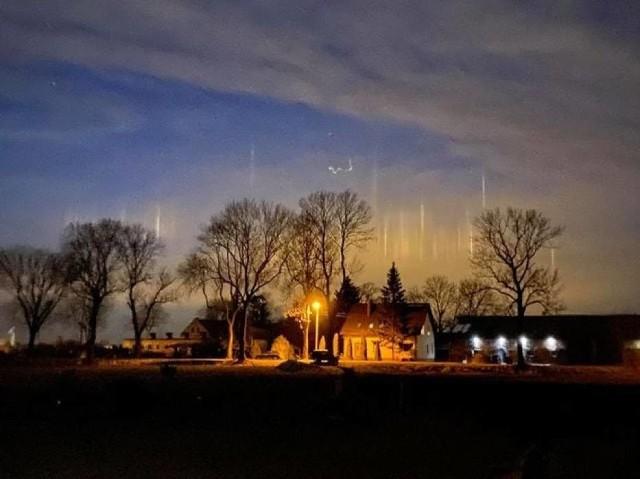 Zobacz zdjęcia filarów świetlnych w galerii! >>>