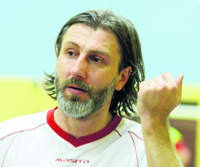 Kamil Kosowski  dyrektorem sportowym był od marca 2015 r.