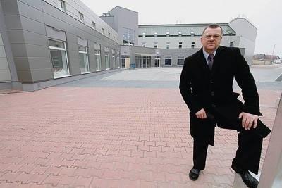 Niedługo będzie oddany do użytku internat sportowy. Brakuje tylko boisk treningowych - mówi Zbigniew Miązek Fot. Anna Kaczmarz