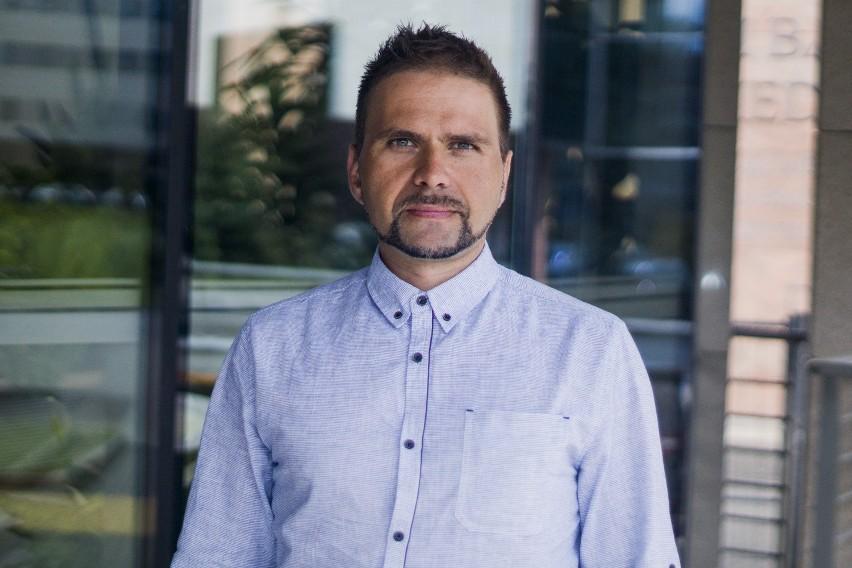 Prof. Krzysztof Pyrć, wirusolog: Jesienią możemy słono zapłacić za wakacyjny luz