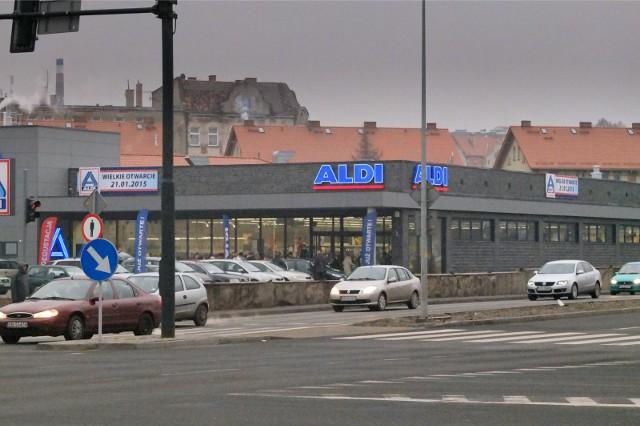 Płatne parkingi przy ALDI