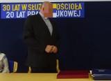 Prokuratura przedstawiła zarzut byłemu proboszczowi parafii Miłosierdzia Bożego w Tarnobrzegu. Zarzuca mu molestowanie małoletniego!