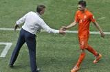 """Robin van Persie dostał """"z liścia"""" od Louisa van Gaala podczas mistrzostw świata w Brazylii. """"Powiedział: Nigdy więcej mi tego nie rób"""""""