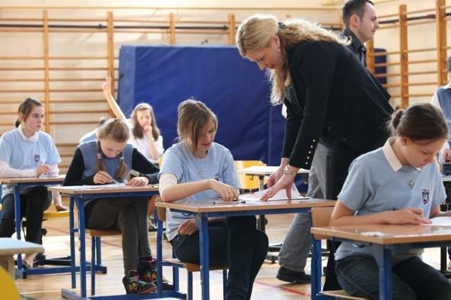 Sprawdzian szóstoklasistów w SP nr 14 w Białymstoku