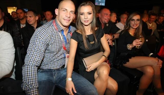 Damian Janikowski z żoną