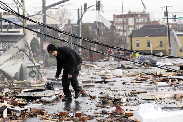 USA: Zabójcze tornada przeszły przez Nashville w stanie Tennessee. Zginęły 24 osoby, setki domów zostały zmiecione z powierzchni ziemi WIDEO