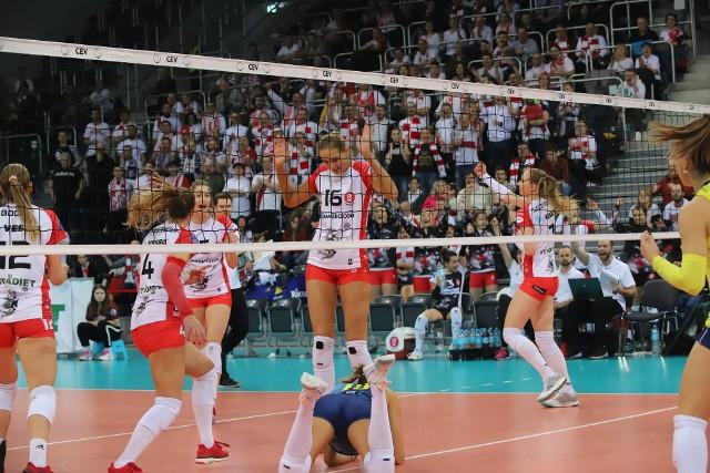 Atmosfera w hali na meczach ŁKS Commercecon to liga światowa