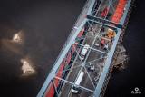 Toruń. Co w weekendy dzieje się na remontowanym moście? Zobacz zdjęcia z drona