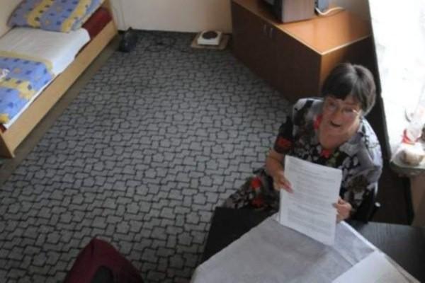 Pani Adela Orłowska  chciała od gminy 5 tys. zł zadośćuczynienia.