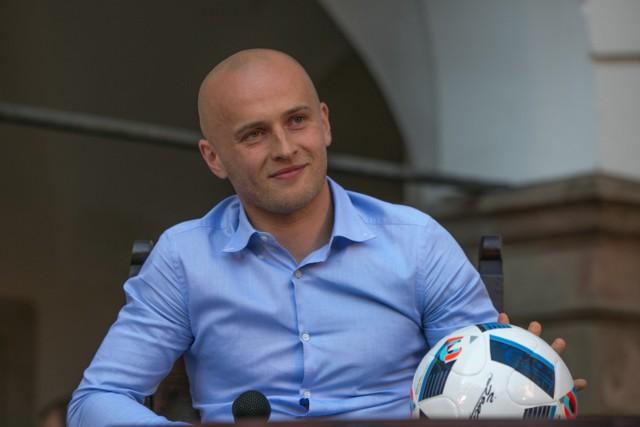 4 lipca 2016 r. Michał Pazdan na niepołomickim zamku