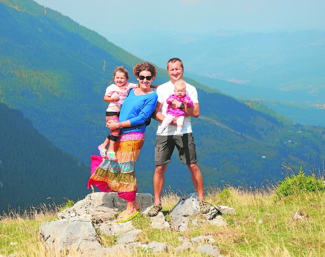 Ania razem wspólnie z mężem i dziećmi zwiedzili m.in. Malezję, Tajlandię, Albanię, czy Rumunię.