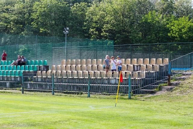 Stadion Chemika trzeba dostosować do wymogów licencyjnych pozwalających na grę klubu w III lidze.