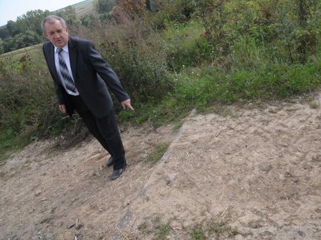 Tadeusz Głogiewicz, sołtys Nowej Cerekwi: - Ta linia kolejowa już się nie nadaje do użytku.