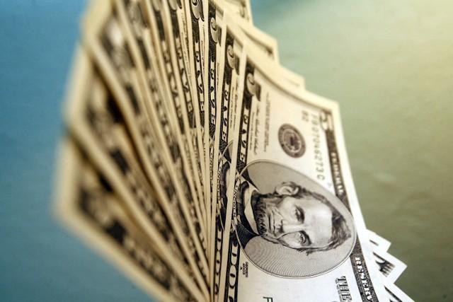 Polacy boją się samodzielnie inwestowaćSzacuje się, że dzienne obroty na Forex-ie w Polsce wyniosły ponad 7,5 mld USD netto
