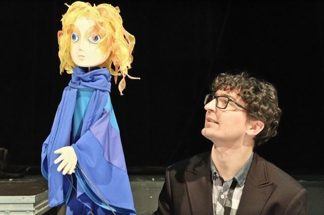 Dyrektor teatru Jacek Malinowski jest także aktorem lalkarzem. Cieszy się, że po kolejnym etapie modernizacji sceny, artyści będą mieli większy komfort pracy, a widzowie - lepszy odbiór spektakli.
