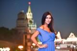 Karolina Emus na sesji w Moskwie. Jak zaprezentowała się polska miss mundialu na tle wieczornej stolicy Rosji?