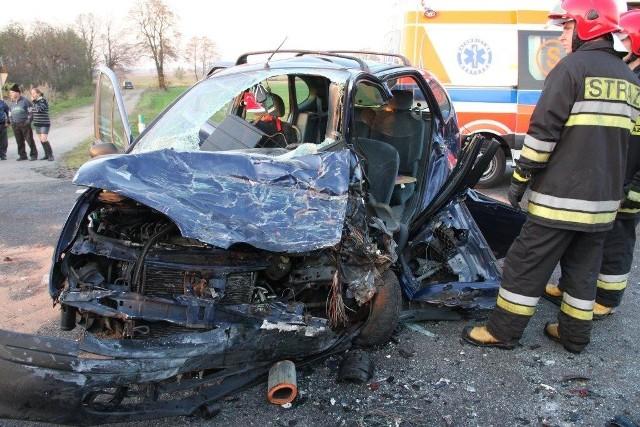 Opole: karambol na obwodnicy. Zderzyly sie cztery samochody. Siedem osób zostalo poszkodowanych.