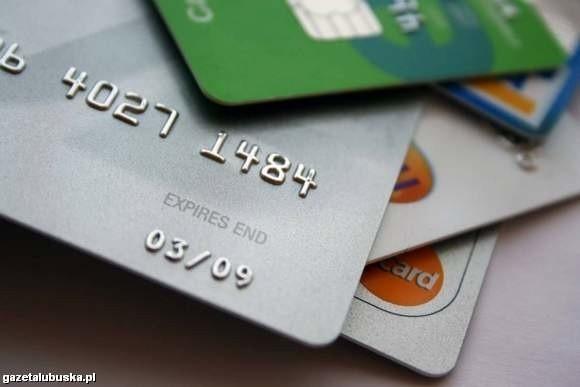 Niektóre banki wykazują tolerancję dla spóźnialskich (fot. archiwum)