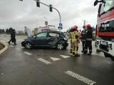 Uhowo. Wypadek na Mickiewicza. Ciężarówka zderzyła się z volkswagenem (zdjęcia)