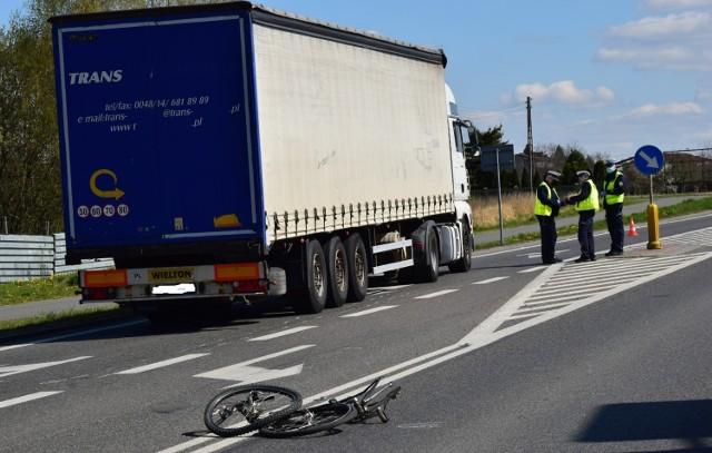 W wypadku w Dębicy śmierć poniósł rowerzysta.