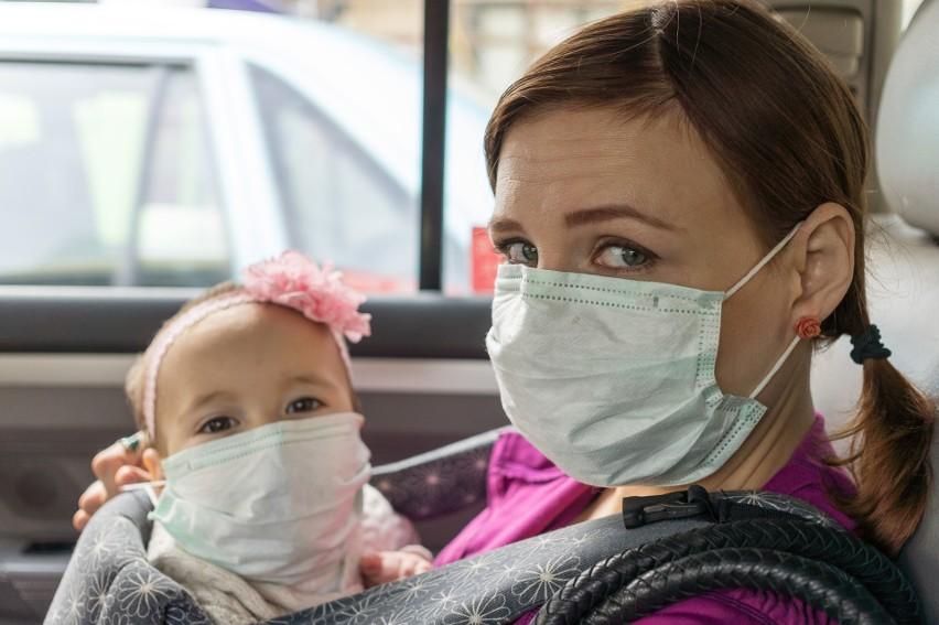 Dzieci też chorują na COVID-19 i grożą im powikłania na całe życie, dlatego powinny być chronione przed zakażeniem tak samo, jak osoby dorosłe
