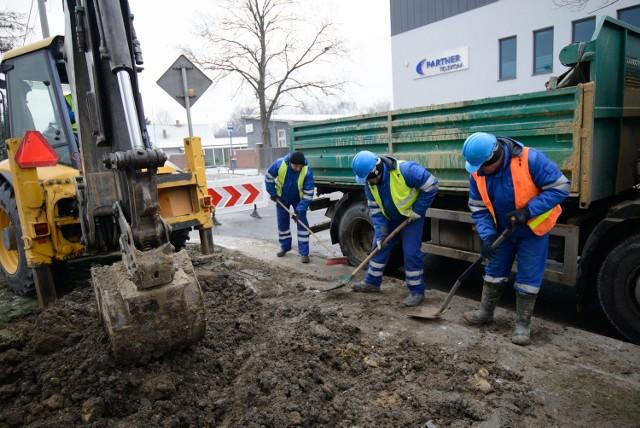Polscy robotnicy albo już sa zagranicą, albo planują w najbliższym czasie wyjazd za chlebem